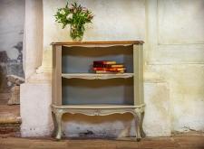 Libreria beige in legno