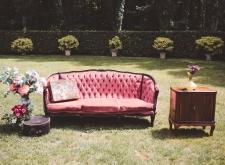 Set fotografico divano rosso antico velluto