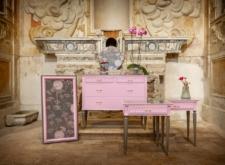 Set cameretta rosa e grigia a fiori