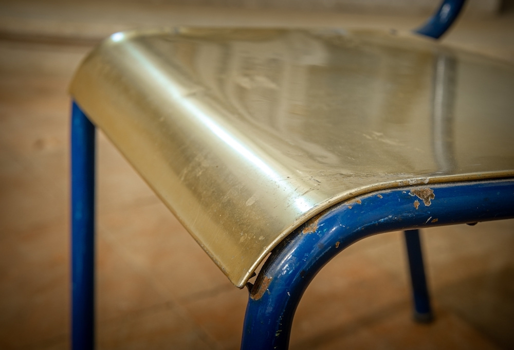 Sedia metallo blu e oro